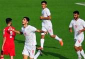 حاشیه دیدار جوانان ایران - امارات| حضور ساکت و مربیان پرسپولیس در ورزشگاه