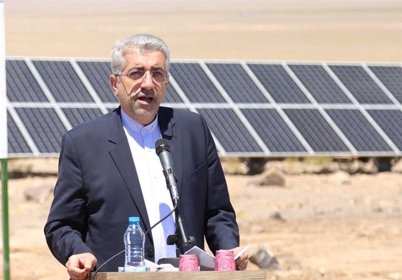 وزیر نیرو در شهرکرد: 240 هزار میلیارد تومان توسط دولت در حوزه برق سرمایهگذاری شد