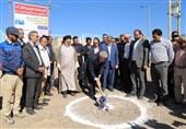 وزیر نیرو عملیات اجرایی انتقال آب به شهر بیرجند را کلنگزنی کرد