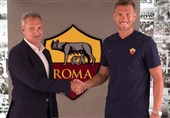فوتبال جهان| ژکو پس از تمدید قرارداد با رم: خوشحالم که مدت طولانیتری اینجا میمانم