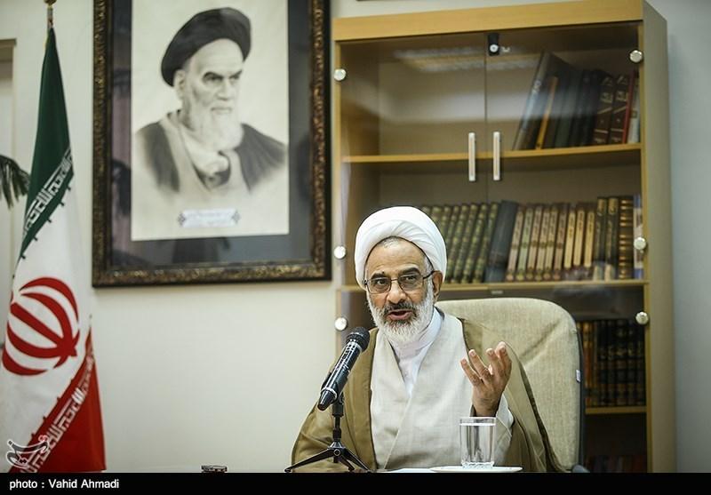 """حجتالاسلام حاجی صادقی: کلید حل مشکلات کشور تکیه بر """"گفتمان مقاومت"""" است"""