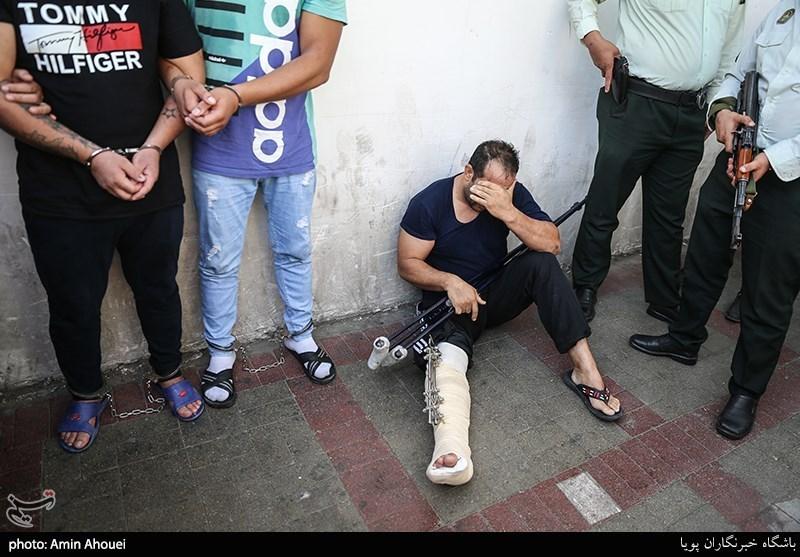 رئیس پلیس تهران: پوزه اراذل و اوباش عربدهکش را به خاک میمالیم + فیلم