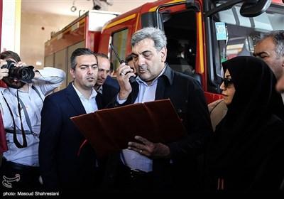 پیروز حناچی شهردار تهران در مراسم افتتاح ايستگاه 110 آتشنشانی