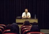 محمدهادی کریمی: فردیت برای هنرمند از نان شب هم واجبتر است