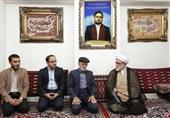 تولیت آستان قدس رضوی با خانواده شهیدان منا دیدار کرد