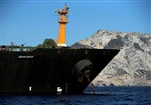 US Warns Greece against Hosting Iranian Oil Tanker