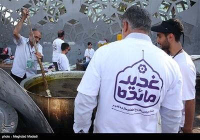 طبخ و توزیع ۱۳ هزار پرس غذا در روز عید غدیر