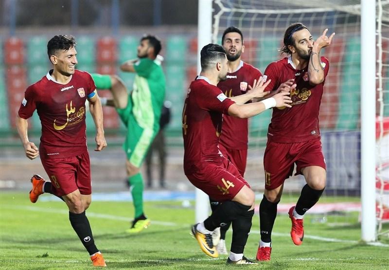 لیگ برتر فوتبال  شهر خودرو با شکست شاهین 6 امتیازی شد