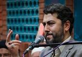 شعرخوانی احمد بابایی به مناسبت روز مباهله:«حیدر به نام روح خدا آبرو دهد»+فیلم