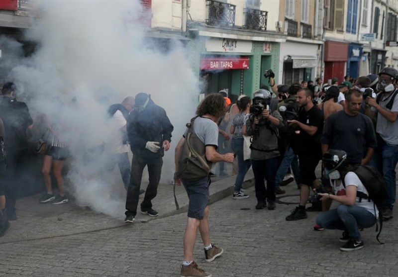 French Police Clash with Anti-G7 Protesters Near Summit (+Video)
