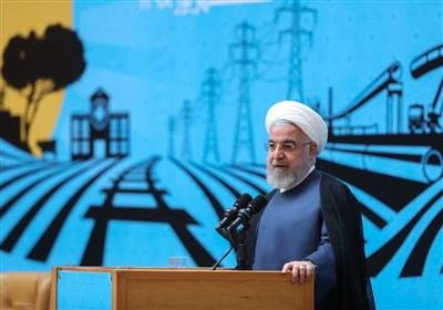 روحانی: دست قدرت و دست دیپلماسی باید با هم باشد/ برای منافع ملی خود میایستیم