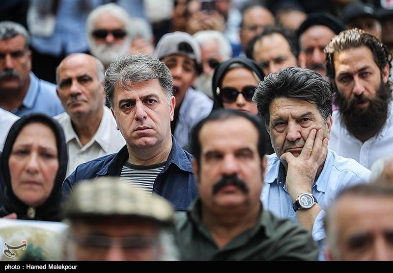 سیدعباس سجادی در مراسم تشییع پیکر مرحوم داریوش اسدزاده