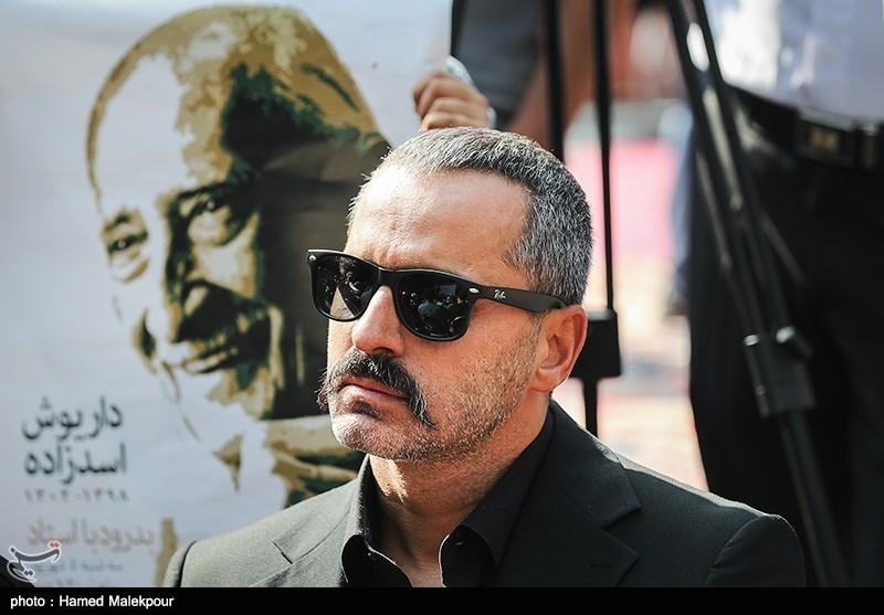 علیرام نورایی در مراسم تشییع پیکر مرحوم داریوش اسدزاده