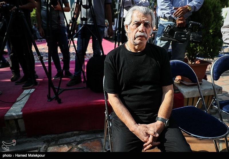 حبیب دهقاننسب در مراسم تشییع پیکر مرحوم داریوش اسدزاده
