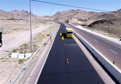 عملیات آسفالت جاده اصلی شهر خلیفان مهاباد آغاز شد