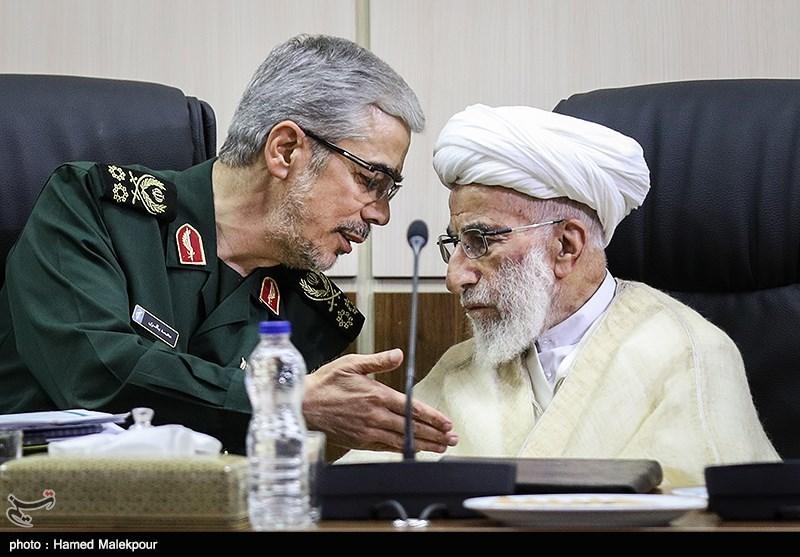 آیتالله احمد جنتی و سرلشکر محمد باقری در جلسه مجمع تشخیص مصلحت نظام