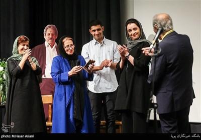 ترانه علیدوستی، احترامالسادات برومند و لیلی رشیدی در مراسم سومین دوره اهدای نشان زندهیاد داوود رشیدی