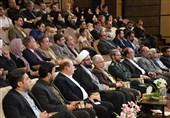 جشنواره شهروندان برگزیده همدان به کار خود پایان داد/ کلید شهر همدان به علیمردان شیبانی اهدا شد