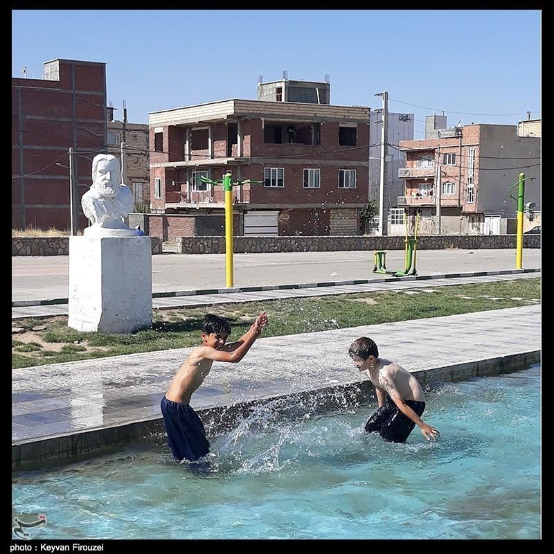 آب تنی در روزهای گرم تابستان