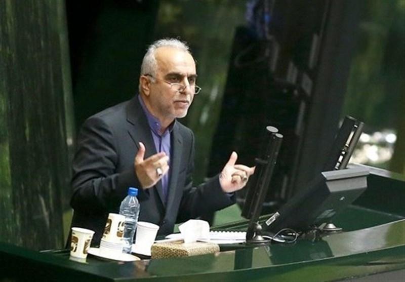 وزیر اقتصاد: باید از سیاستهای اقتصادی زمان جنگ برای مقابله با تحریم الگو بگیریم