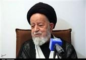 امام جمعه سمنان: در اتاق شهرداران باید به روی مردم باز باشد