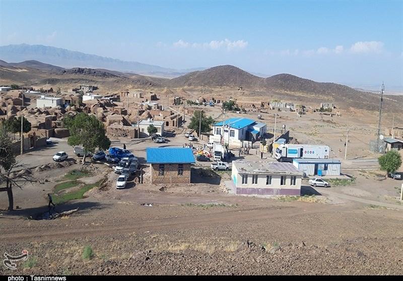 تهران| نذر مهربانی گروه جهادی «منتظران خورشید» در کوچه پس کوچههای روستای اسماعیلآباد + فیلم