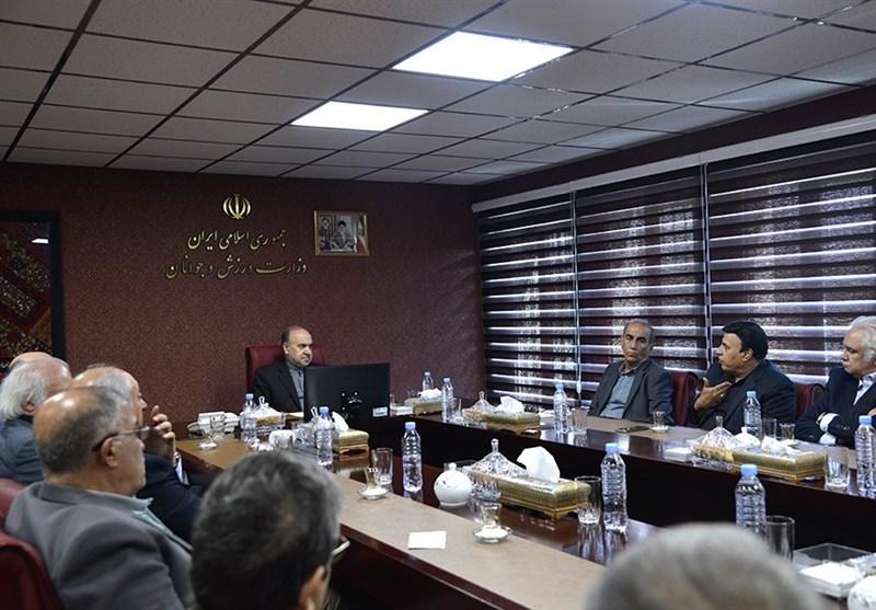 سلطانیفر: استقلال و پرسپولیس را تا پایان سال واگذار میکنیم/ سرخابیها را به یک چشم نگاه میکنم