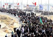 مرز مهران همچنان انتخاب نخست زائران اربعین 98 است؛ تردد 107 هزار زائر در 5 روز محرم