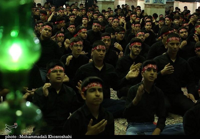 """همایش دانشآموزان """"احلی من العسل"""" در کرمان به روایت تصویر"""