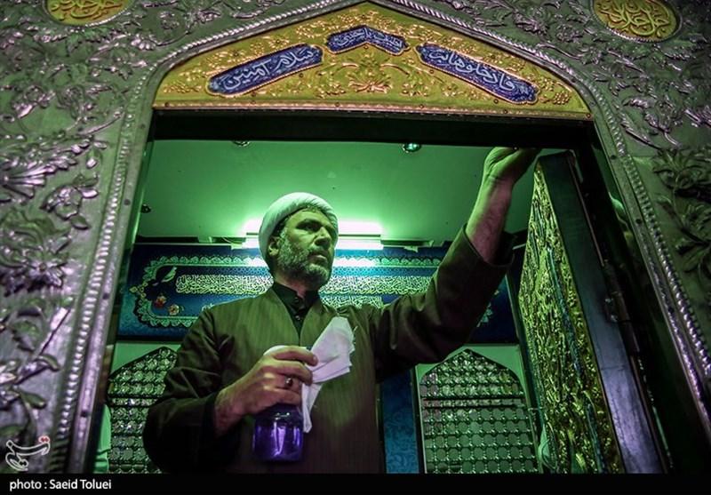 آئین غبار روبی آستان امامزاده سید عباس(ع) در بجنورد به روایت تصویر