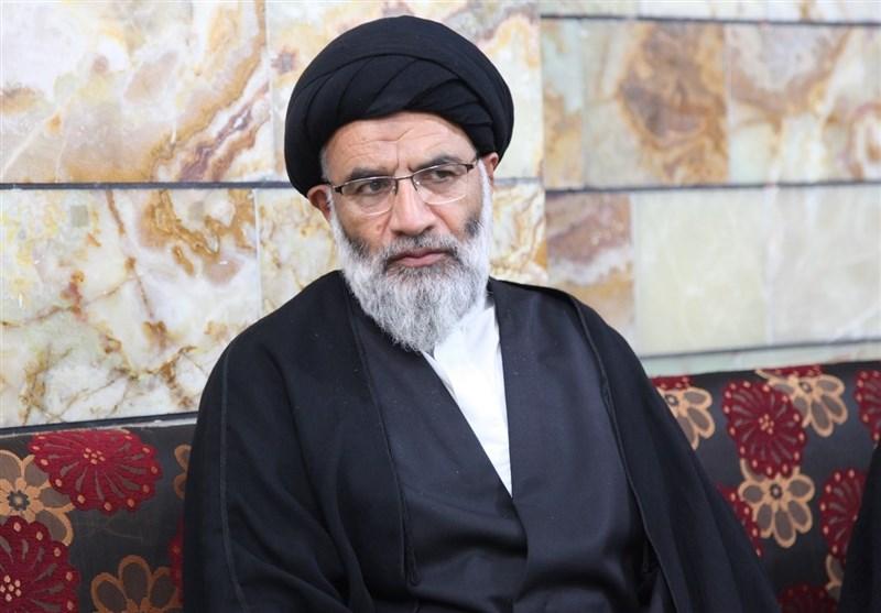 نماینده ولی فقیه در خوزستان: ذهن جوانان برای مقابله با توطئههای دشمن باید آماده شود