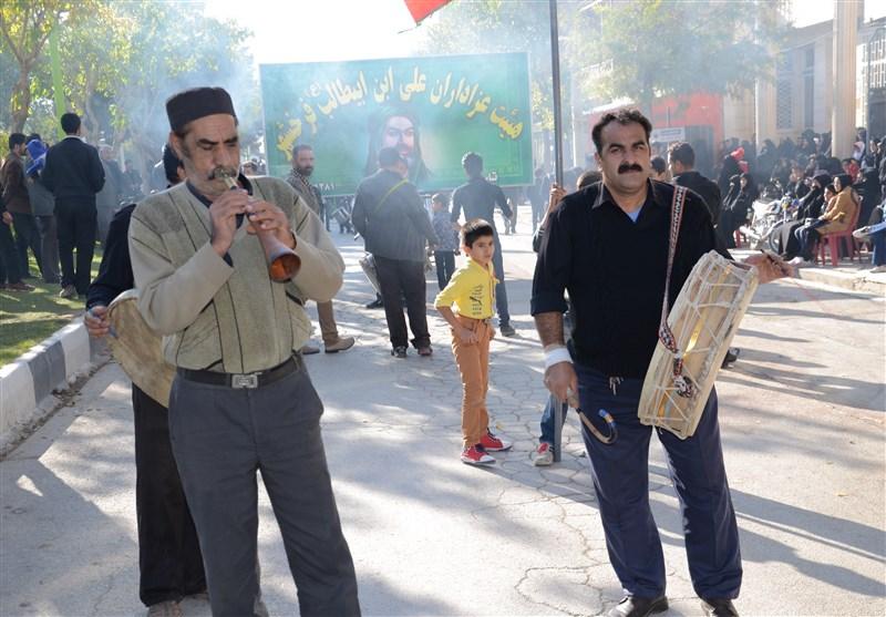 نواختن ساز چپ در عزاداریها; تکاپوی مردم فرخشهر در ماه محرم