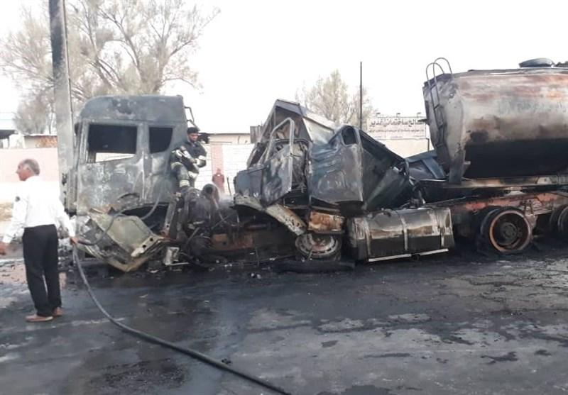 گلستان| تصادف تریلی با مینیبوس در کرند؛ 10 نفر در آتشسوزی جانباختند