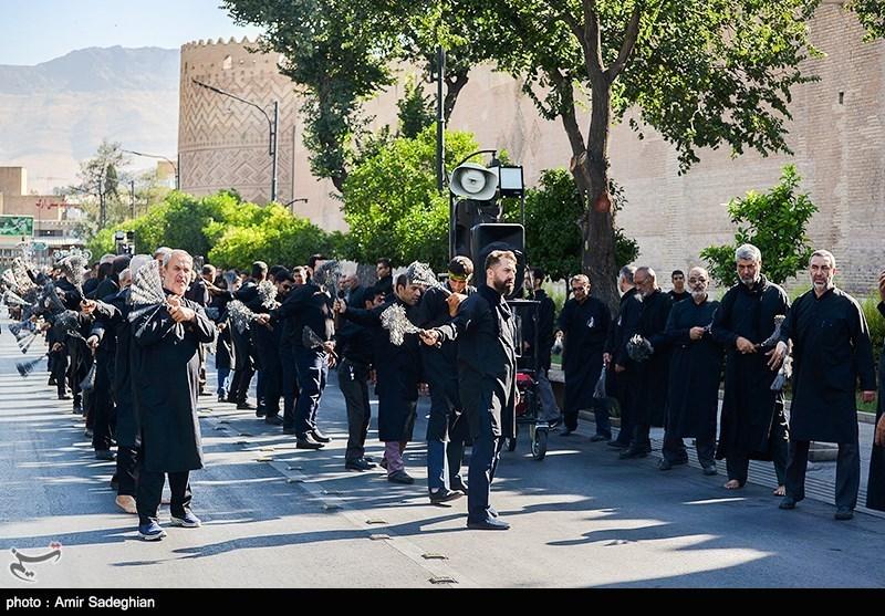 حرکت دستهجات عزاداران بوشهری در اربعین به گلزار شهدا ختم میشود