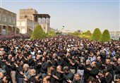 نماز ظهر عاشورا در سراسر استان اصفهان اقامه شد
