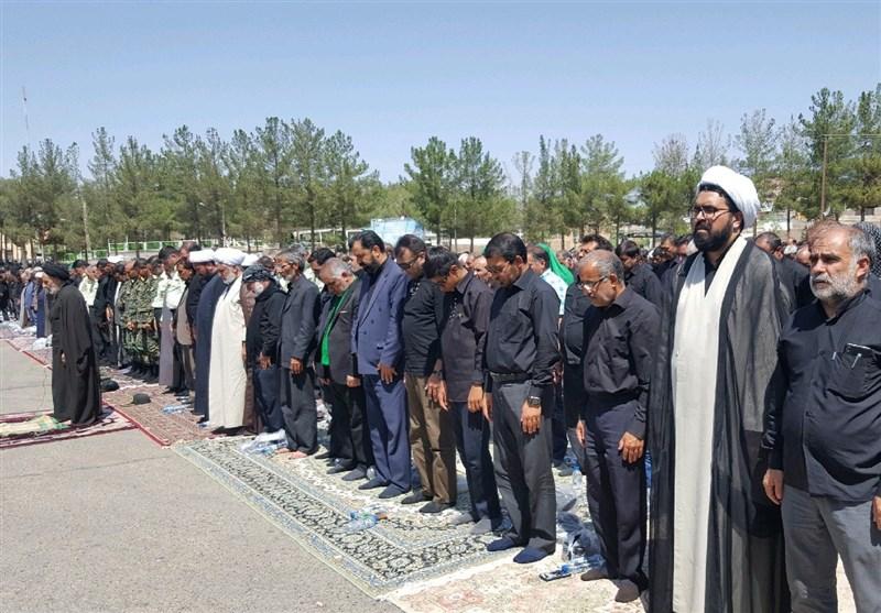 نماز ظهر عاشورا در قتلگاه بیرجند اقامه شد