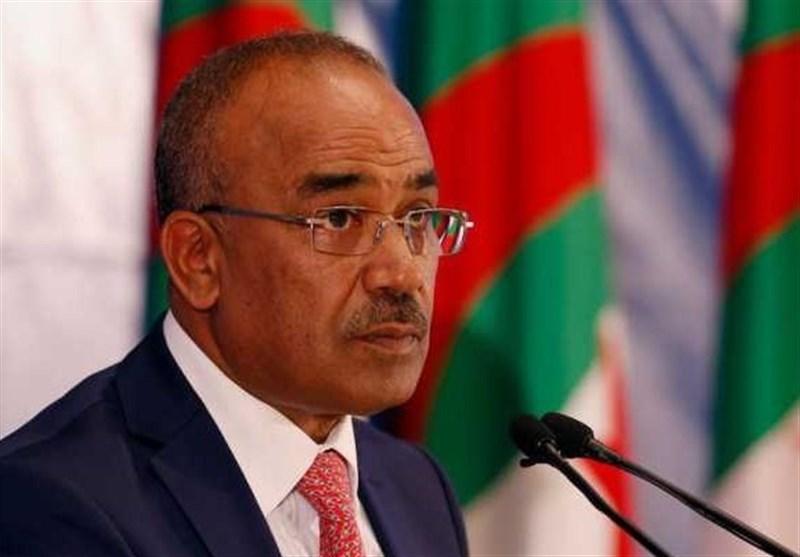 نخستوزیر الجزایر از سمت خود کنارهگیری میکند؟