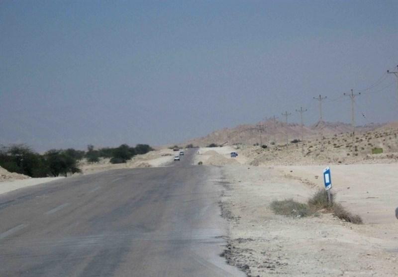مشکلات راه در لارستان؛ این بار توقف جاده 2 کیلومتری «تل تله بیرم»