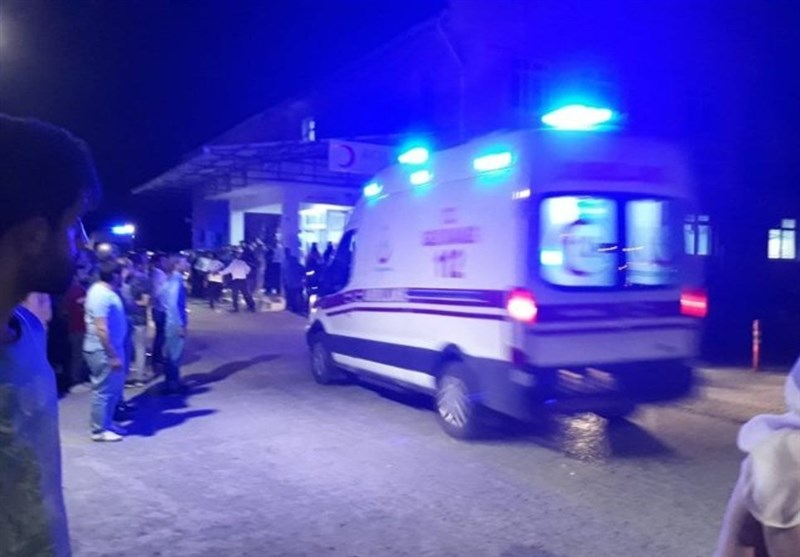 دستکم 4کشته و 13 زخمی در پی انفجار بمب در دیاربکر ترکیه