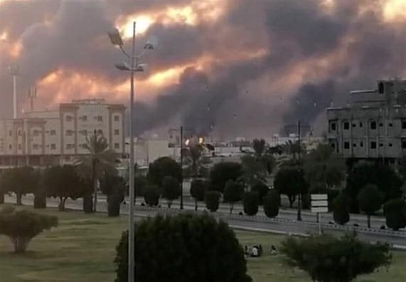 Saudi Struggling to Contain Massive Blaze at Aramco Facility (+Videos)