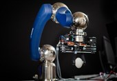 ساخت بازوی رباتیک با دقت دست انسان توسط یک محقق ایرانی