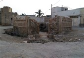 «پیر سرخ»؛ لارستان منتسب به برادر حضرت شاهچراغ(ع)؛ بنای تاریخی که محل زباله شده است