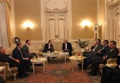 Iran, Russia Discuss Closer Nuclear Cooperation