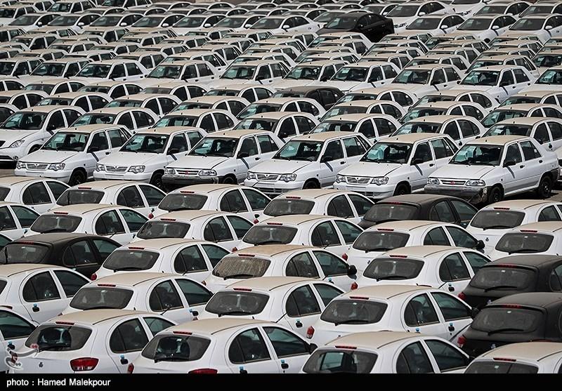 گزارش تسنیم از محل دپوی خودروهای سایپا زیر آفتاب سوزان تابستان+تصاویر