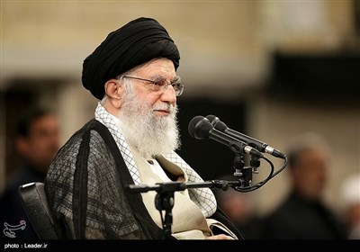 Enemies' Plots to Undermine Iran-Iraq Ties Foiled: Ayatollah Khamenei