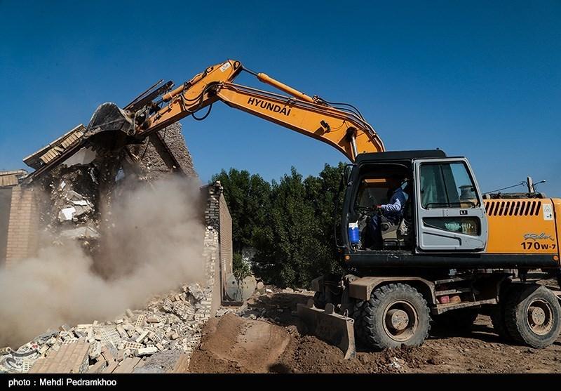 4 ویلای 8 میلیارد تومانی در بخش بلده شهرستان نور تخریب شد