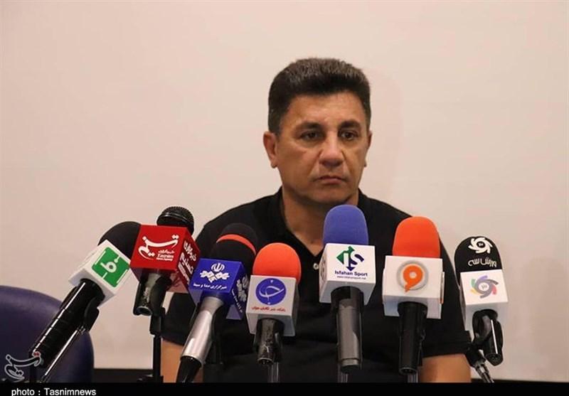 اصفهان| قلعهنویی: توقع دارم هواداران سپاهان از ما حمایتی کامل داشته باشند/ رفتارهایی که با کیروش میشود جوانمردانه نیست