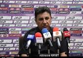 اصفهان| قلعهنویی: آن چیزی که نفت مسجدسلیمان مقابل ما بازی کرد فوتبال نبود!/ روز مرگ من است که تیمم تحت هر شرایطی بخواهد ببرد