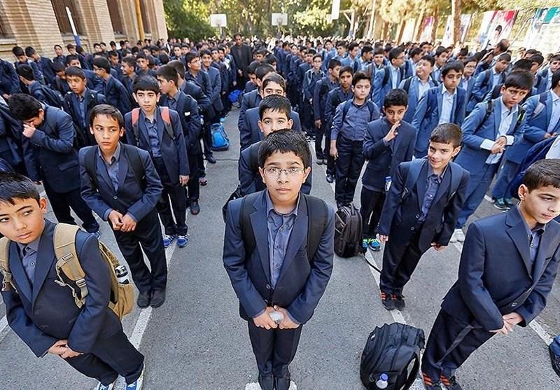 مازندران| آموزگارانی که دانشآموزان را به کلاس خصوصی تشویق میکنند، منتظر برخورد قاطع باشند