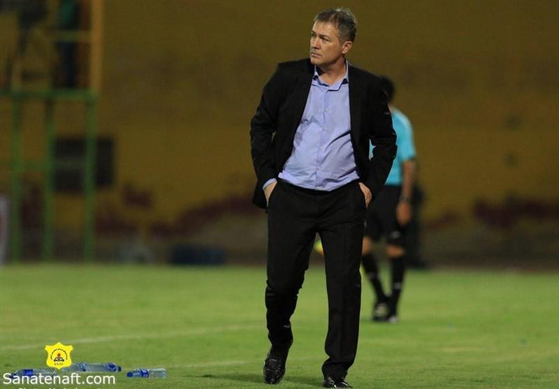 بوشهر| اسکوچیچ: از بازیکنان خواسته بودم در حمله شجاعت بیشتری داشته باشند/ هیچوقت از مساوی راضی نیستم